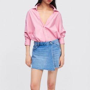 Zara mid- blue ripped denim skirt